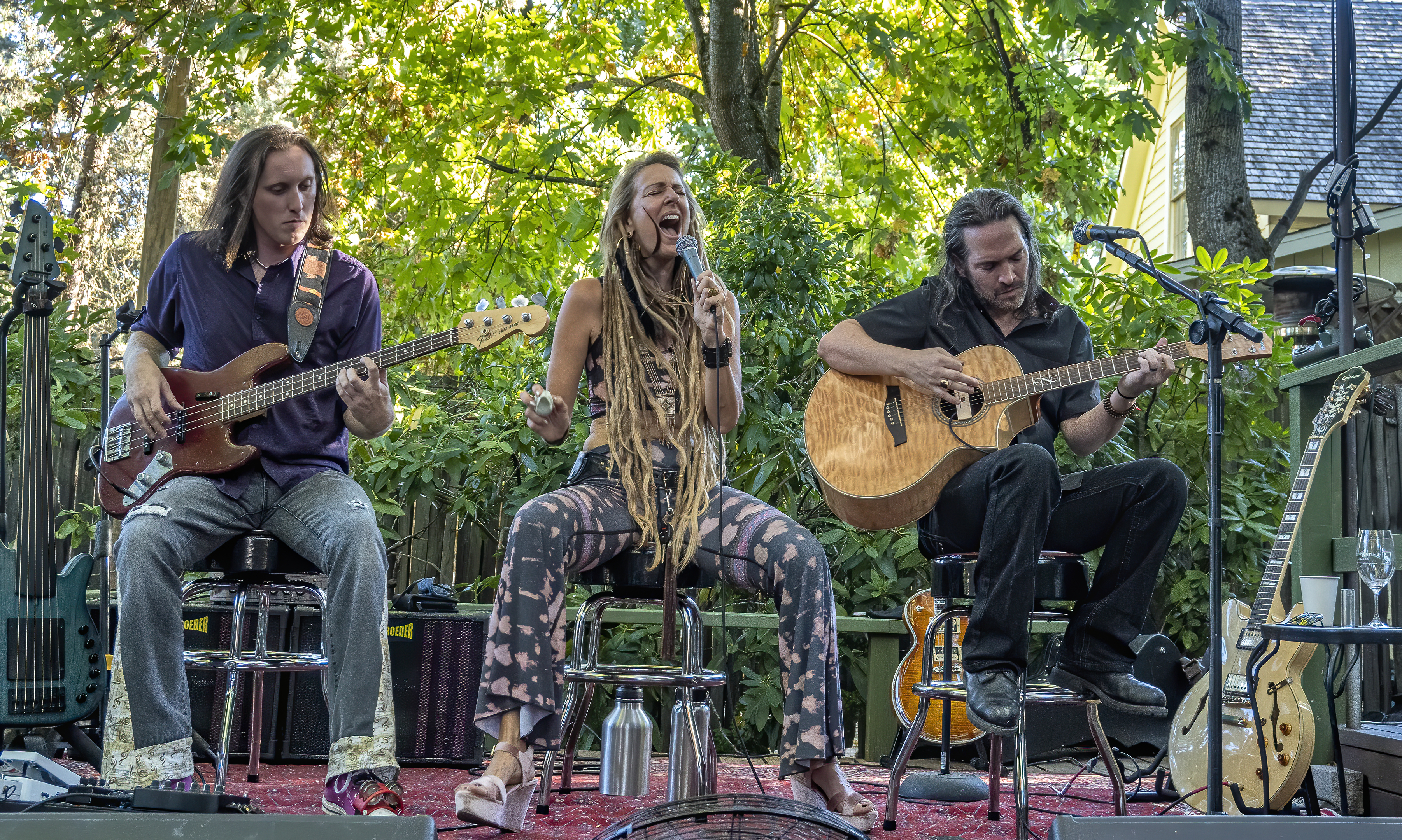 Living Loving Led trio ANTHONY CUSENZA NATASHA LEE NEECE Mike Pugh south stage cellars topaz denoise ai-denoise