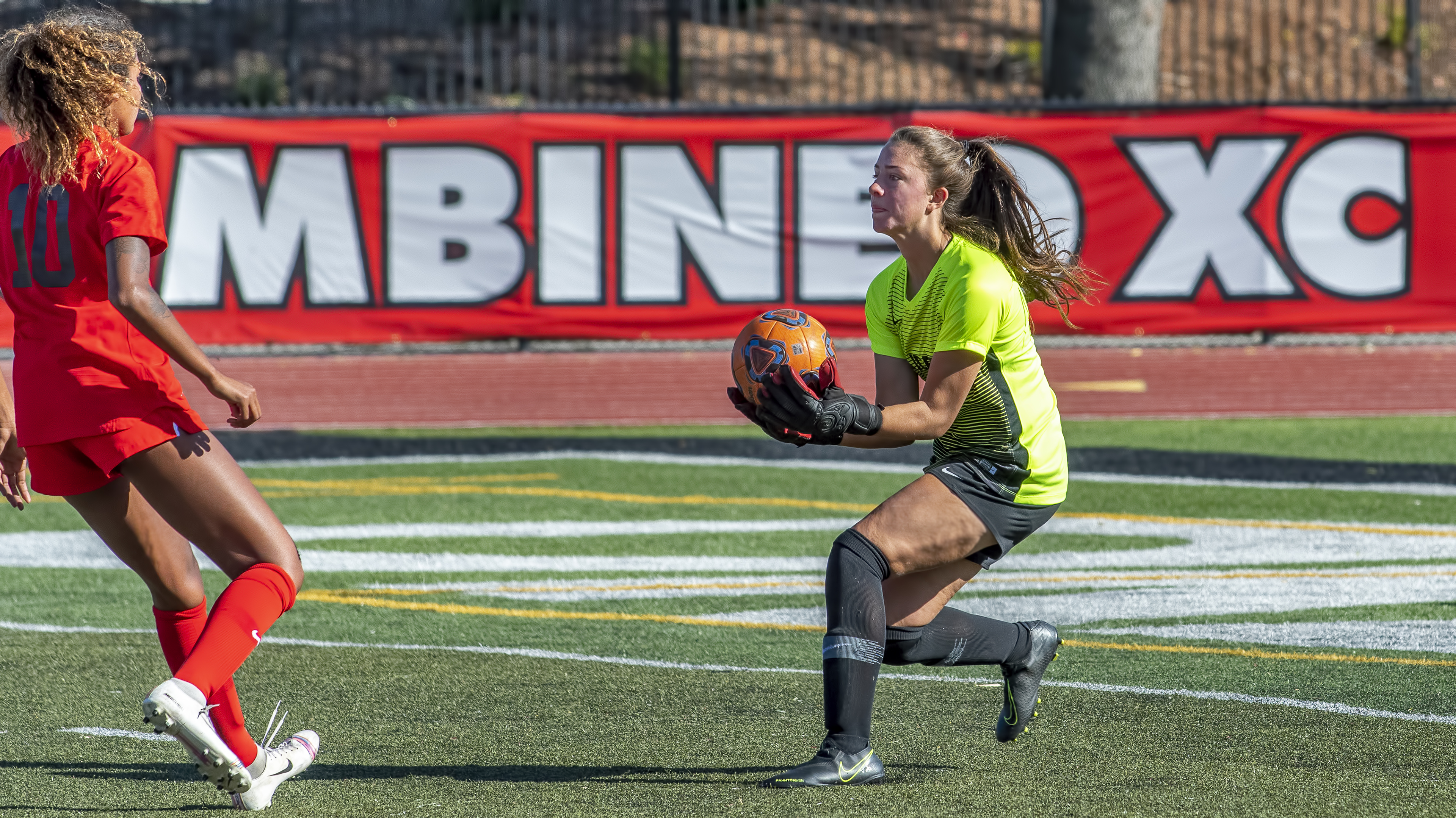 womens soccer jessie selby