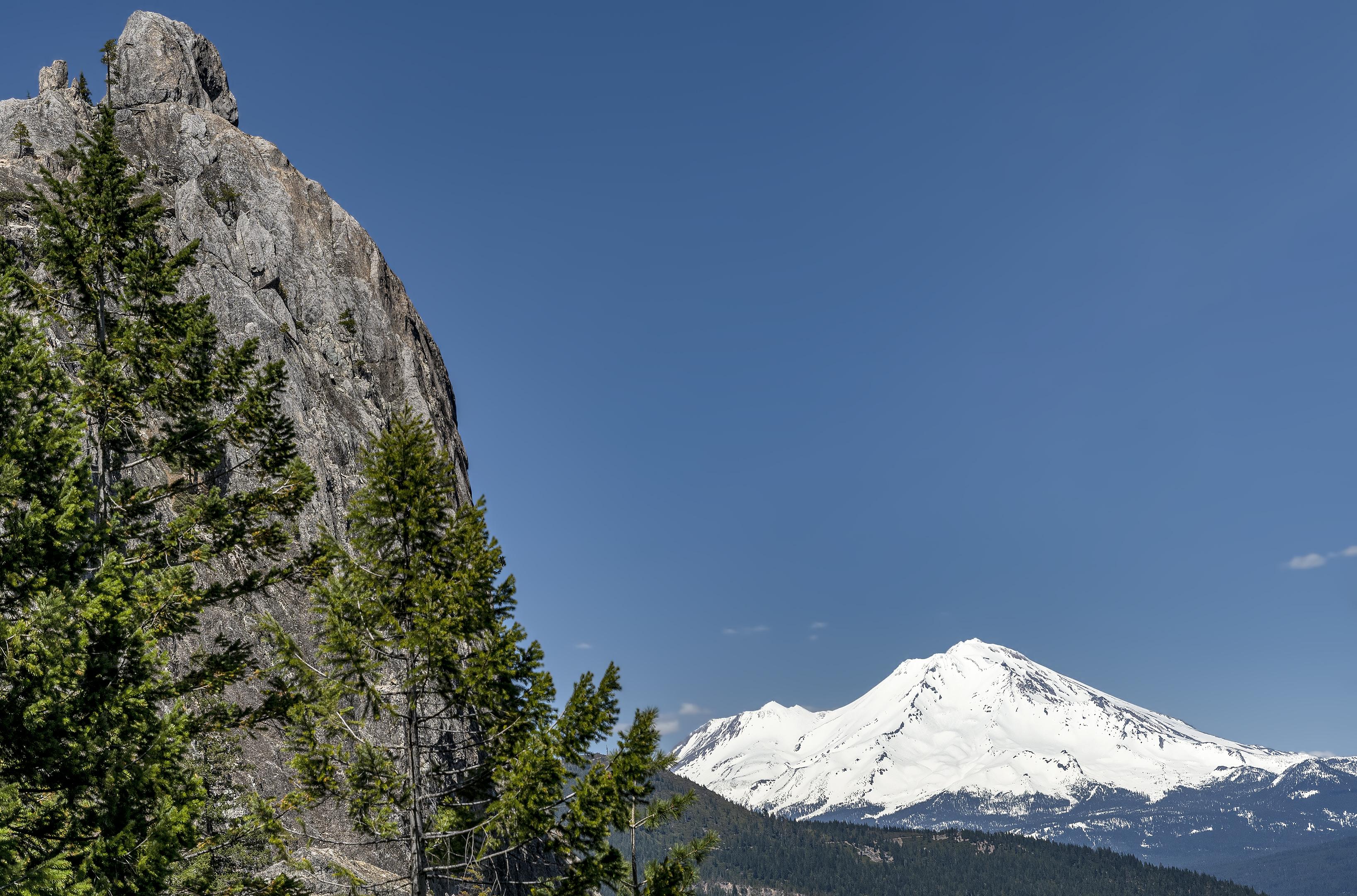 castle crags california mt shasta