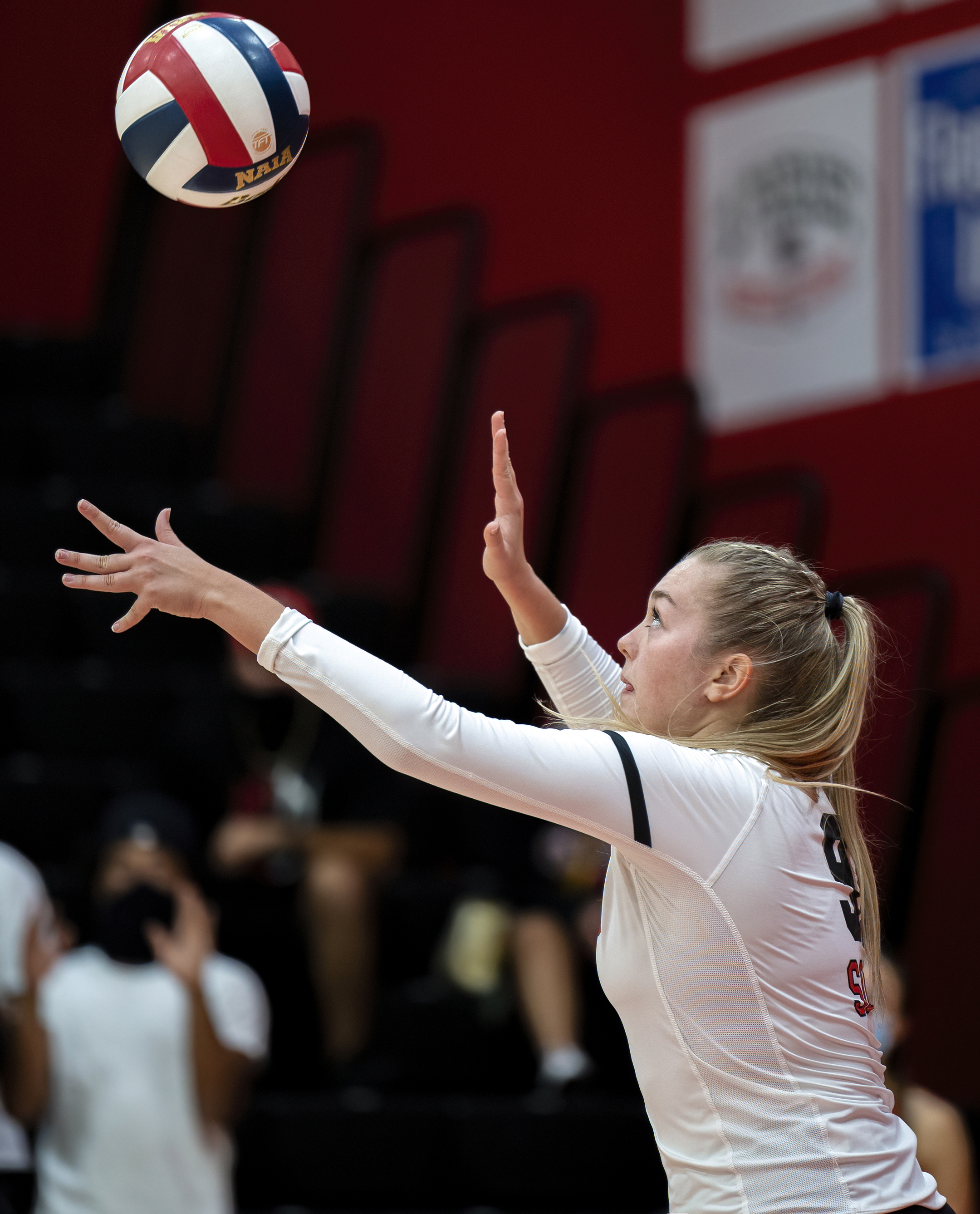 sou volleyball Taylor Russell topaz denoise ai-low-light