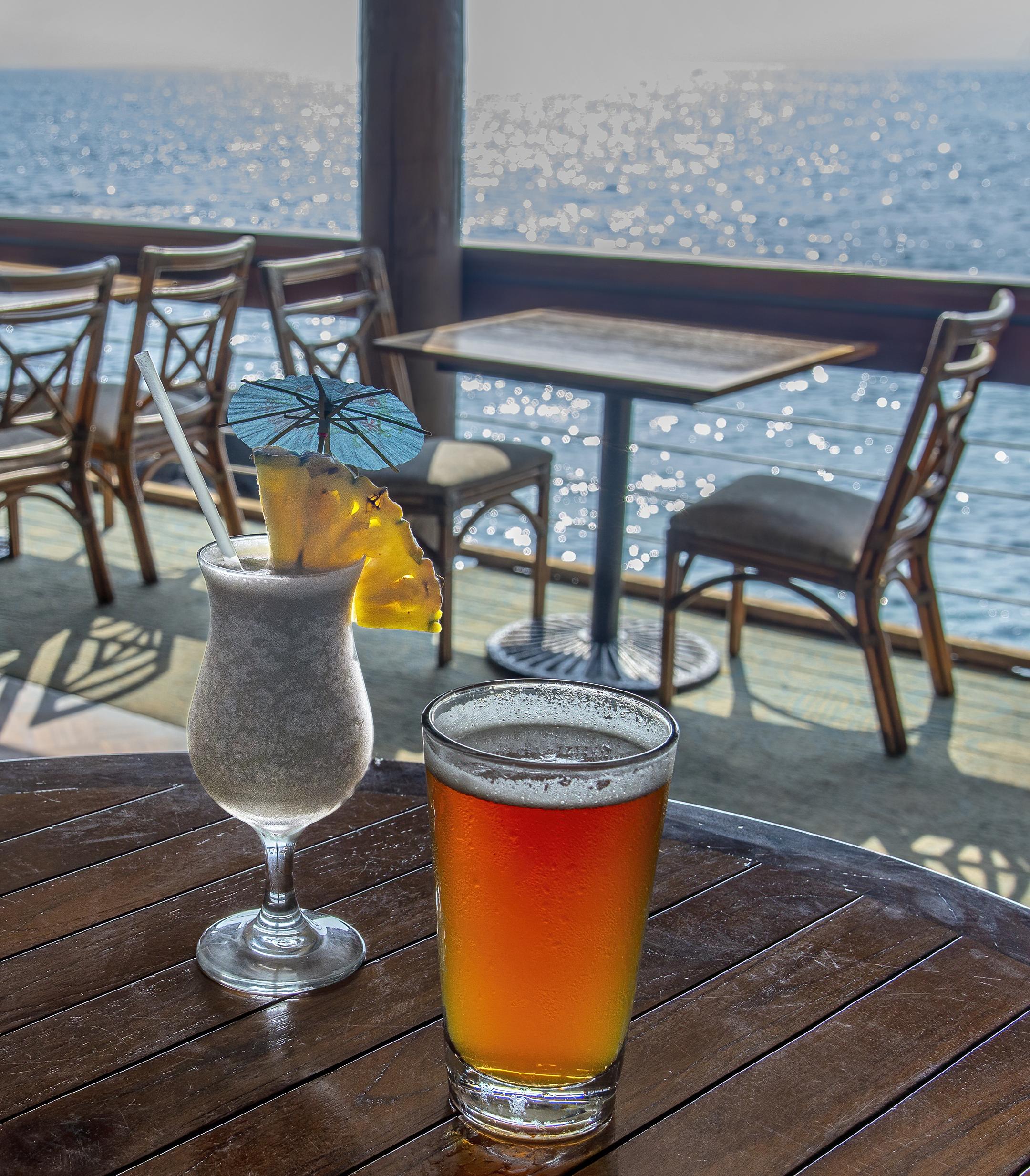 hawaii drinks kona beer pina colada