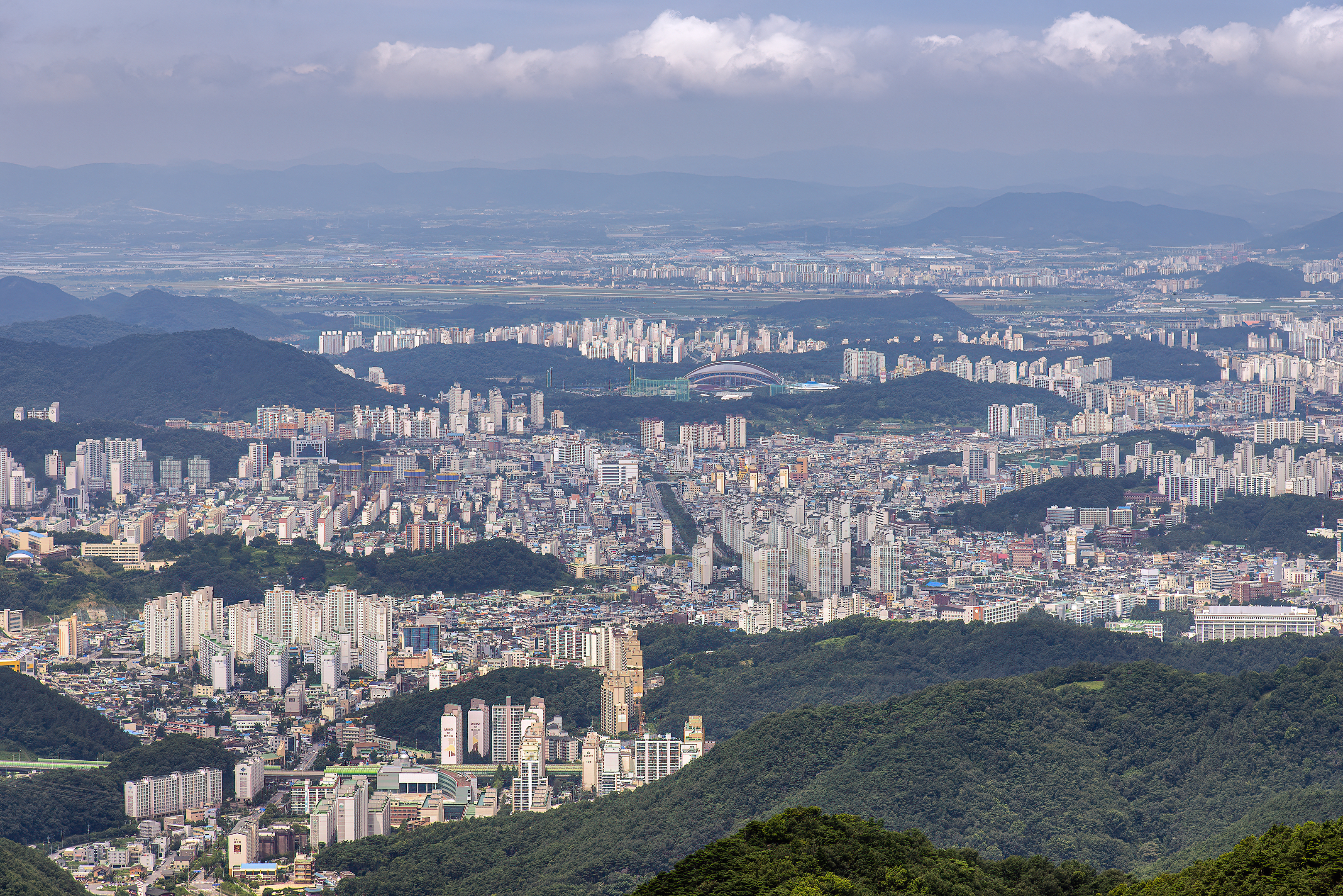 gwangju from mudeungsan national park world cup stadium topaz denoise ai-clear