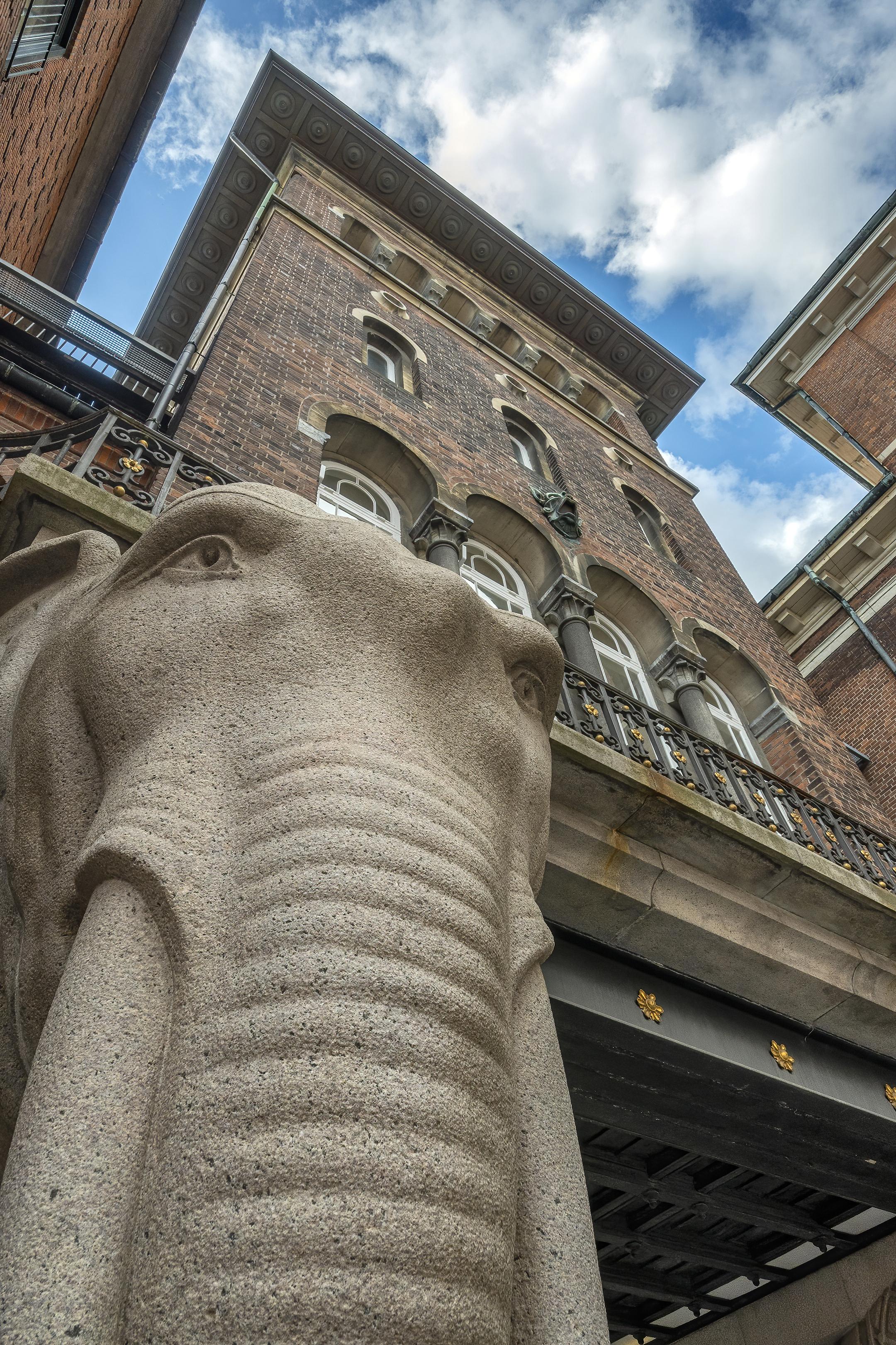 Elephant Gate and Tower carlsberg copenhagen-denoise